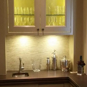 Fluorescent Undercabinet Lighting